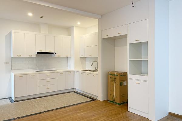 Apartment E4.18.04 - Emeral Building
